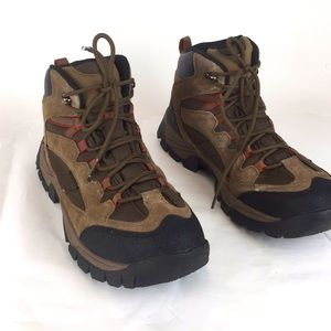 North side  boots